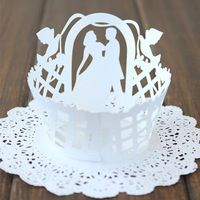 Witte Bruiloft Pearlized Lace Cupcake Wrappers Laser Cut Muffin Cupcake Cups Cake Tool Decoratie