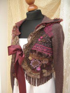 Kunstvollen romantischen Kapuze Bolerojacke, shabby Chic in Browns, handbestickte, Perlen bestickt, überarbeitet, Upcycled, Kleidung, Kunst zu tragen,