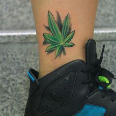 It's about talking about tattoos that generate controversy, today, marijuana tattoos. Marijuana, cannabis and other terms refer to the psychoactive Hand Tattoos, Drug Tattoos, Anklet Tattoos, Rose Tattoos, Body Art Tattoos, Smoke Tattoo, Weed Tattoo, Plant Tattoo, Cannabis