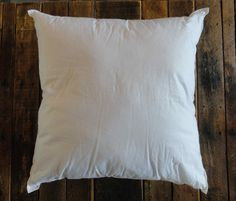 *** These pillow inserts are available ONLY to customers who purchase a pillow cover from IndigoCoastCrafts at the same time. Because of the shipping costs, we are unable to sell these as stand-alone items. Please check out our great pillow covers at https://www.etsy.com/shop/IndigoCoastCrafts?ref=hdr_shop_menu and then choose an insert here in the same size as the pillow cover you ordered.  Two types of inserts are offered in various sizes:  1) Cluster Fiber Inserts:...
