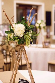 Wedding Decorations On a Budget Here are 3 ways your wedding can look expensive while using wedding decorations on a budget. First, know what your wedding colors will be and only look for things in… Wedding Decorations On A Budget, Rustic Wedding Centerpieces, Diy Centerpieces, Table Arrangements, Flower Arrangements, Pinterest Room Decor, Wedding Colors, Wedding Flowers, Deco Boheme