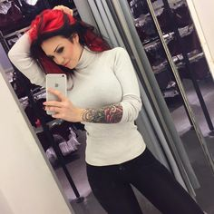 Yay #workselfie Home from todays work Soo tired Hope you've had a great weekend! Much love to you all! I can't thank you enough for supporting me and what I do ❤️ I always read all your comments and messages thank you! Feeling lucky to have such amazing followers ✨ #thankyou #blessed #thankful #redhair #redhead #inked #tattoos #sleeve #inkedbabes #piercings #alternative #model #starfucked
