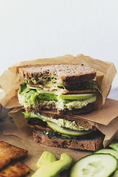 easy green sandwiches with maple & soy crispy tofu #vegan