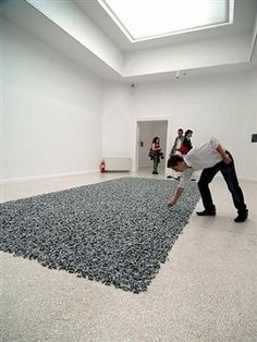 Yummy art work - Felix Gonzalez-Torres candy piece