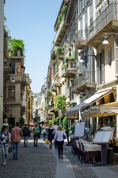 Brera district in Milan. This is one of my favourite place, I like its small cobbled alleys where you can walk far from the noisy traffic #Milan #Italy