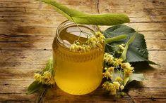 Teiul are o durată de viață de peste 1000 de ani. Mierea de tei este cunoscută în tratarea bolilor cum ar fi: durere în gât, răceală, rinită și laringită. Intensitatea aromei și gustul sunt mai puternice decât sugerează culoarea. Consumă mierea de tei atât pentru gustul persistent și ușor astringent cât și pentru tratarea bolilor.  #mieredetei Moscow Mule Mugs, Decorative Bells, Planter Pots, Home Decor, Egiptul Antic, Dessert Ideas, Alternative, Health, Decoration Home