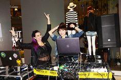 VJ Sixta & DJ Jumi Lee. rompiendola en la Fiesta VIP de FOREVER 21 LIMA .