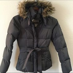 Abercrombie Gray Puffy Jacket with removable hood Abercrombie kids XL. With removable fur hood. Abercrombie & Fitch Jackets & Coats Puffers