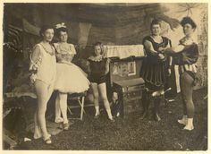 Aerialists on the left and strongwomen on the right from Barnum & Bailey's combined shows 1900.