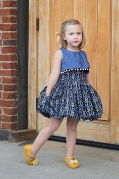 Girls Frock Design, Kids Frocks Design, Baby Frocks Designs, Baby Dress Design, African Dresses For Kids, Cute Girl Outfits, Little Girl Dresses, Kids Outfits, Girls Dresses Sewing