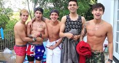 This picture just makes me happy. Janoskians ; Jai Brooks ; Luke Brooks ; Beau Brooks ; Daniel Sahyounie ; James Yammouni ;