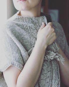Echando de menos los días fríos. . The Little Garden diseñada por @junkookamoto212 para @moekeyarns . #lana #lanas #yarn #wool #puralana #moekeyarns #moekeyarnsheritage #testknit #junkookamoto #the_little_garden_pattern #knitlife #knittieg #knit #knitting #igknitter #punto #tricot #tejer #testknit #tejoyque #tejedora #ohlanas #lanasconhistoria