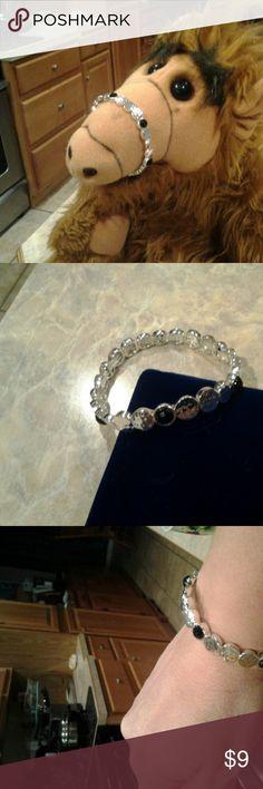 BRACELET - NWOT SILVER & BLACK ELASTIC STRETCH BRACLET - NWOT - SEE ALL PICS- VERY CHARMING Jewelry Bracelets