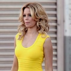 Elizabeth Banks Has the Best and Worst Walk of Shame. Unfortunately I can relate to some of this..aah crap!