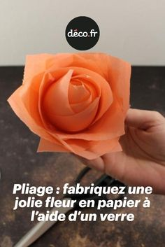 Origami Tutorial, Origami Easy, Origami Flowers, Paper Flowers, Rose Decor, Kirigami, Paper Art, Baby Gifts, Icing