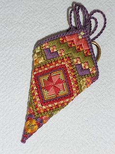 Needlepoint Scissor pouch (Sue Hawkins)
