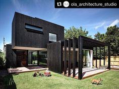 #Repost @ola_architecture_studio with @repostapp Garth 2015 @derek_swalwell #rubyguardian #hottrike #australianarchitecture #architecture #architectureinspo #melbourne #melbournearchitecture #house #timberhouses #architecturevictoria