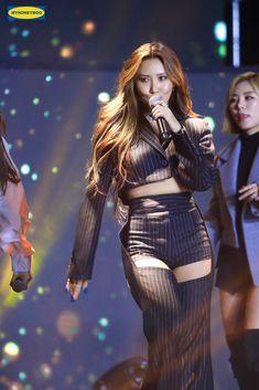 Mamamoo, South Korean Girls, Korean Girl Groups, Hue, Queens, Soyeon, Stage Outfits, Beautiful Asian Girls, Ulzzang Girl
