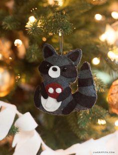 Make a Felt Raccoon Gift Topper or Ornament :: Lia Griffith