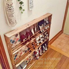 賃貸のおうちでも可能な靴箱のDIYを、インテリアのテイスト別に紹介します。壁に穴をあけたりせず、狭いスペースを有効に活用して収納力をアップさせてみませんか?インテリアコーデも楽しみながら工夫している、ユーザーさんのアイデアをチェックしてみましょう♪