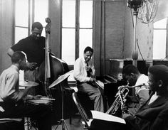 Horace Silver Jr Cook, Blue Mitchell, Gene Taylor, Louis Hayes - 1958. Photo by Carole Reiff.