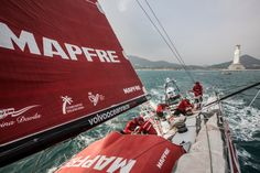 February 8, 2015. Leg 4 to Auckland onboard MAPFRE. Day 0. Just after a gybe after reaching the Gin Yuan Buddha.  - Francisco Vignale/MAPFRE/Volvo Ocean Race