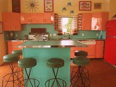 Love this MCM kitchen!