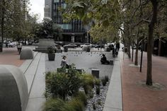 's uncommon areas: Plazas created from scraps of urban land Landscaping Software, Landscaping Company, San Francisco Architecture, Public Square, Urban Park, Selling Your House, Urban Furniture, Private Garden, Backyard Patio