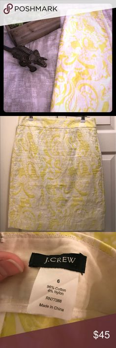 EUC J Crew Neon Yellow Paisley Brocade Skirt Let me just say that I'm absolutely heartbroken that this skirt no longer fits me! This is easily my favorite of all time.  I've taken excellent care of it and it's in phenomenal condition. J. Crew Skirts Pencil
