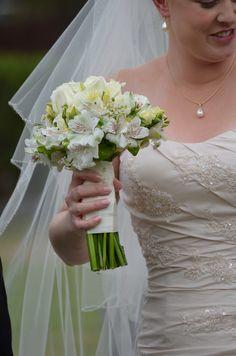 Bridal  flowers Roses,peruvian lilies,lisianthus,Geraldton Wax