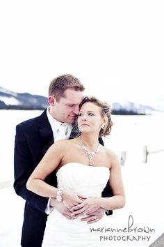 Keeping his bride cozy! <3 Keystone Resort, CO. www.keystoneweddings.com | Photo By: @Marianne Brown Photography