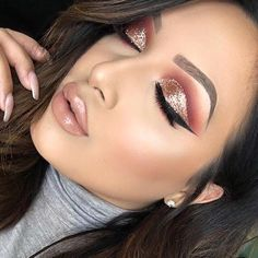Eye Makeup Tips.Smokey Eye Makeup Tips - For a Catchy and Impressive Look Gorgeous Makeup, Love Makeup, Makeup Inspo, Makeup Inspiration, Hair Makeup, Makeup Glowy, Pretty Makeup, Makeup Trends, Hair Trends