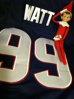 9f96e9023e1ad8 This was our elf last year. It even made it on the morning news. Jj WattMorning  ...