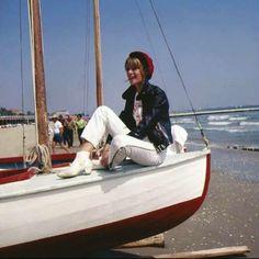 Francoise Hardy Françoise Hardy, Anna Karina, Style Icons, Boat, Style Inspiration, My Style, Divas, March, Chic