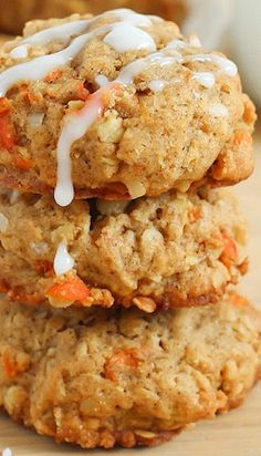 Carrot Oatmeal Cookies...YUM! PROBABLY EVEN BETTER WITH NUTS, BUT I WAS OUT. MADE THEM VEGAN WITH APPLESAUCE INSTEAD OF EGGS. GOODIE!