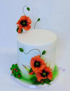 Poppy - cake by Sladky svet - CakesDecor Pretty Cakes, Cute Cakes, Beautiful Cakes, Amazing Cakes, One Tier Cake, Single Tier Cake, Bolo Floral, Floral Cake, Extreme Cakes