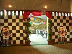 Alice in Wonderland room divider with a Queen of Hearts theme.