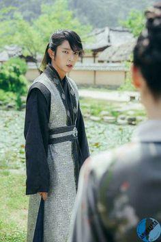 LJG Joon Gi, Lee Joon, Korean Traditional, Traditional Outfits, Lee Jong Ki, Scarlet Heart Ryeo Wallpaper, Moon Lovers Drama, Wang So, Drama Korea