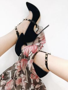 🐾To walk down the street once to stay in memories forever. ⠀ •Blade anklets #footslave #feetstagram #ancklets #highheels #fashionaccessories Stiletto Heels, High Heels, Miu Miu Ballet Flats, Anklets, Blade, Fashion Accessories, Legs, Memories, Shoes