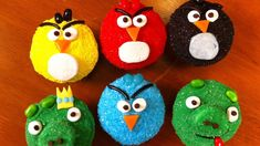 ANGRY BIRDS CUPCAKES - NERDY NUMMIES Oldest nephew asked for angry birds and this looks great yet easy :)