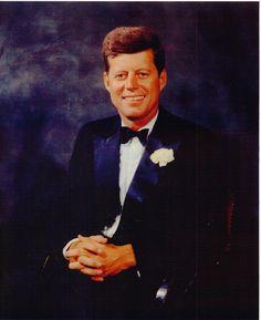 The Camelot that Kennedy Built: Photo John Kennedy, Les Kennedy, Caroline Kennedy, Dallas, Kennedy Quotes, Jfk Quotes, Celebridades Fashion, Familia Kennedy, John Junior