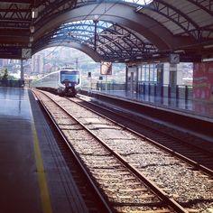 El Metro, Medellin - Colombia (@Angelica Garcia)