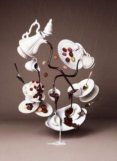 Tendance, le gravity cake atterrit en France ! Voici une toute nouvelle tendance pâtissière venue une nouvelle fois des Etats-Unis : le gravity cake...