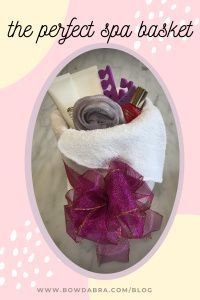 Perfect Spa Basket you can make with what you have in your home now. #abrabowdabra #bowdabra #motherday Diy Mother's Day Crafts, Mothers Day Crafts, Diy Craft Projects, Bow Making Tutorials, Craft Tutorials, Make Design, Tool Design, Spa Basket, Ribbon Bows
