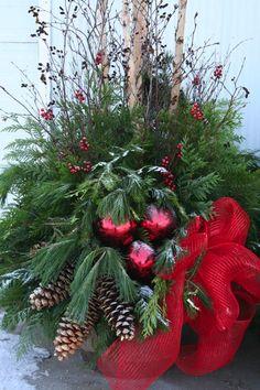Christmas urns                                                                                                                                                                                 More