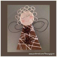 This angel's hair is made from those small rubber bands! Christmas Angels, Christmas Projects, Winter Christmas, Kids Christmas, Christmas Gifts, Christmas Decorations, Christmas Ornaments, Kindergarten Christmas Crafts, Christmas Activities