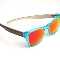 handmade eyewear - glasses - sunglasses - hangefertigte brillenfassung - holzbügel - walnuss & ahorn - copyright by kurz & weit brillenwerkstatt