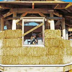 Advantages of Timber Frame and Straw Bale Houses - Green Homes - MOTHER EARTH NEWS