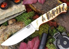 """Bravo 1 3V LT. This is the thinner version of the Bravo 1 (.156"""" thick) in CPM 3V steel. Pictured in sheep horn and mosaic pins.  #brkt #barkriverknives #fixedblade #knives #knife #knifestagram #knifeporn #knifefanatics #knifecommunity #knifenut"""