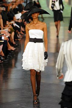 See the entire collection from the Ralph Lauren Spring 2008 Ready-To-Wear runway show.